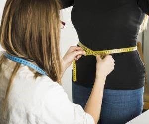 به چه دلیلی پس از انجام عمل اسلیو معده وزن بسیار زیادی کاهش پیدا میکند؟