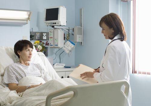 دسترسی آسان به جراح در موارد اورژانسی