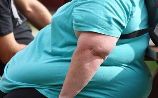 چاقی می تواند چه مشکلاتی را در بدن به وجود آورد؟