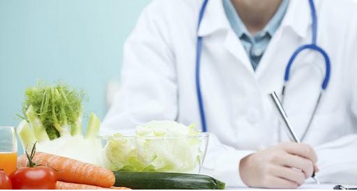 ارائه دادن برنامه مؤثر برای رژیم لاغری تحت نظر پزشک