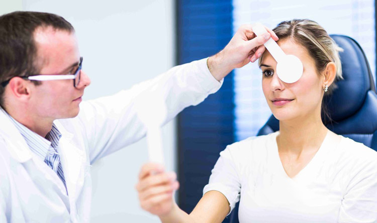 مشکلات در بینایی بانوی باردار و ایجاد تاری در دید