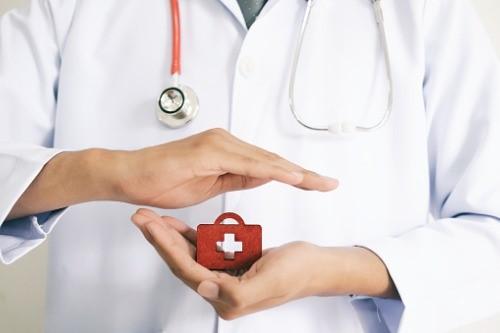 کدام بیمه ها هزینه ی عمل اسلیو معده را تقبل می کنند؟