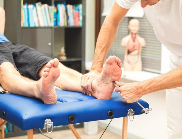 چگونه می توانیم از این عود کردن مجدد زخم پای دیابتی که در دسته ی زخم های عود شونده قرار می گیرد، پیشگیری کنیم؟