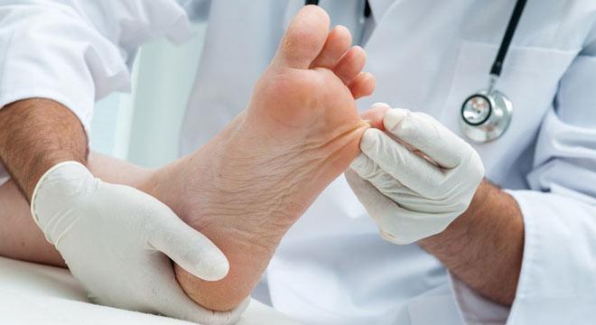 اگر افراد دیابتی از وجود زخم در پای خود اطلاع نداشته باشند