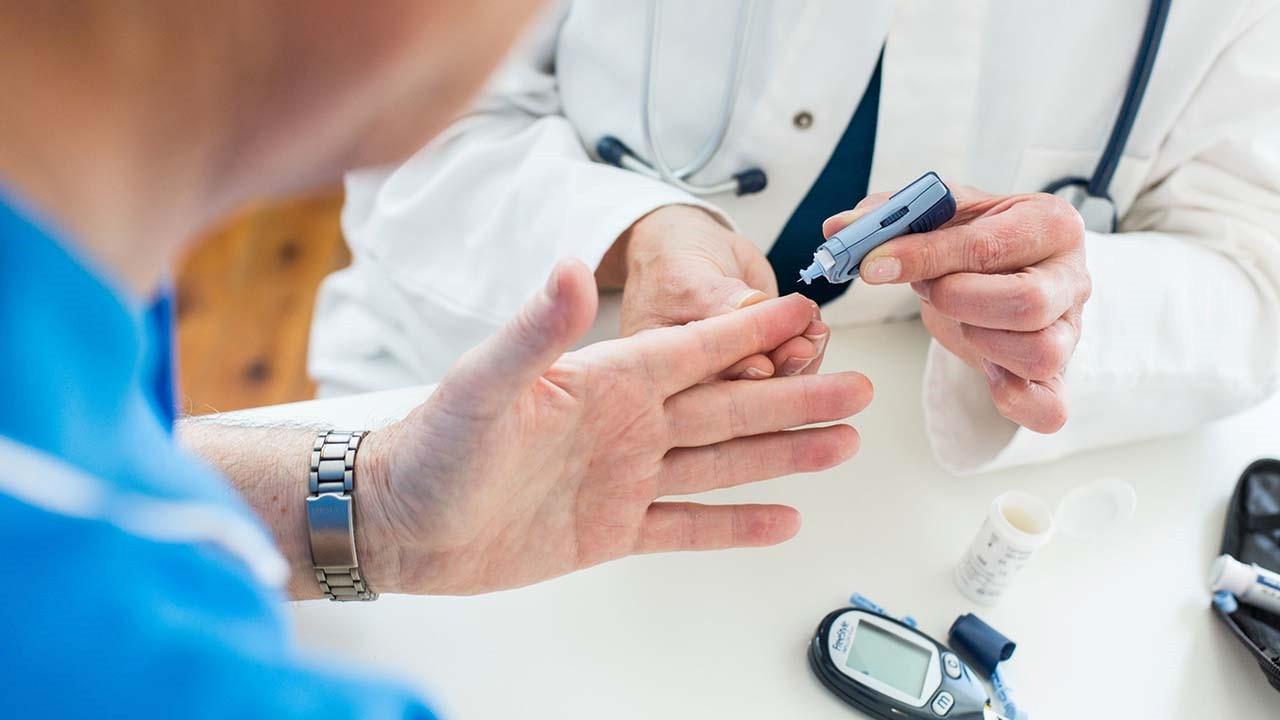 برنامه رژیم غذایی در بیماران دیابت ملیتوس نوع دو