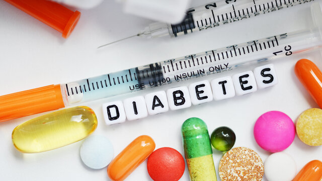 دلایل افزایش قند خون و بررسی سطح آن در بدن