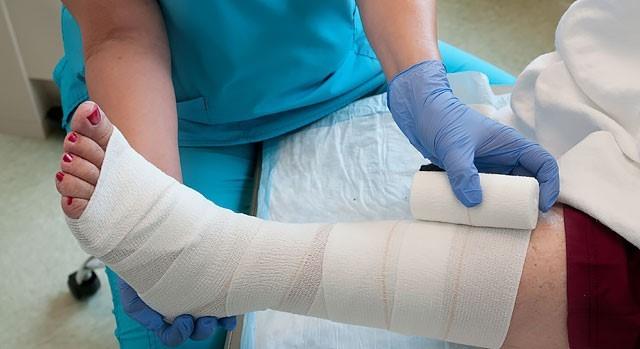 نشانه های زخم دیابتی چیست؟