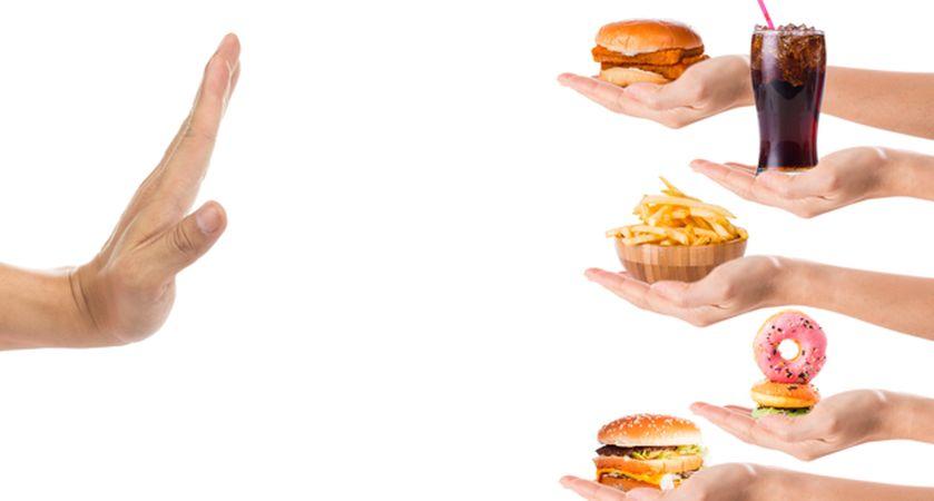 کاهش یافتن استفاده از غذاهای فست فود